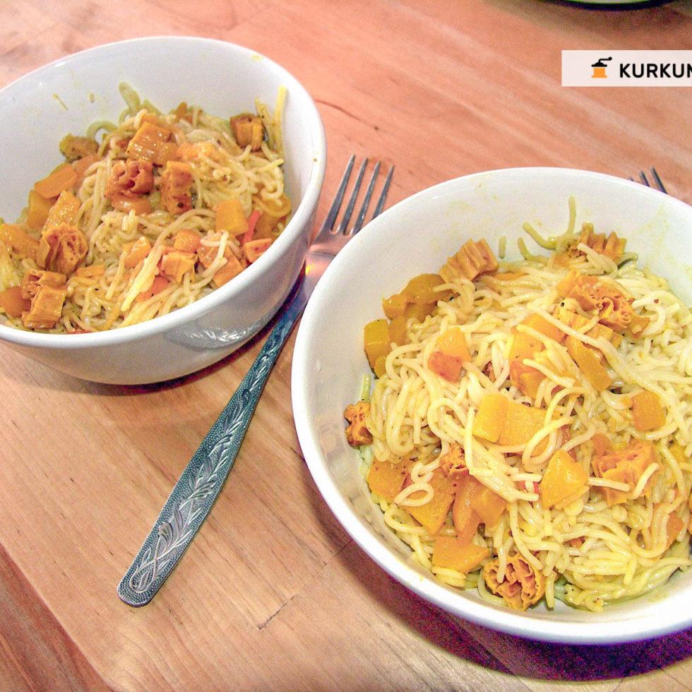 Вегетарианские рецепты - рисовая лапша со спаржей