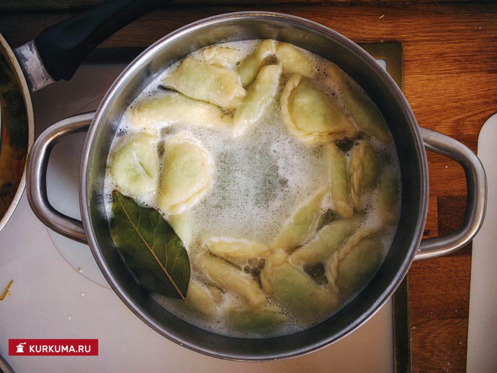 Пельмени с редькой - рецепт с фото