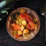 Кисло-сладкие овощи (Кхати митхи сабджи)