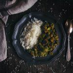 Цветная капуста с тофу в зеленом соусе