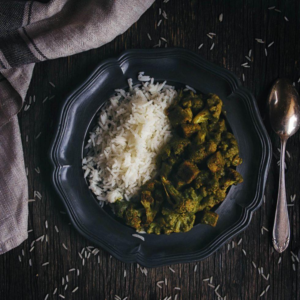 Цветная капуста с тофу в зеленом соусе - рецепт с фото