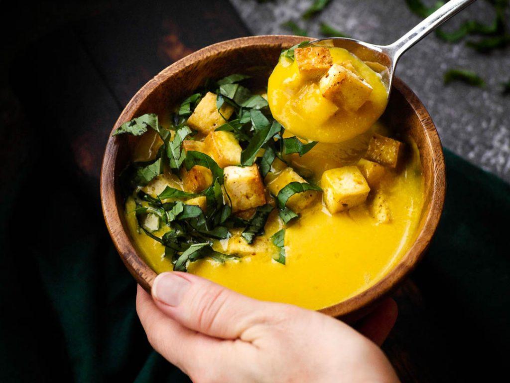 Рецепт: веганский суп-пюре из тыквы