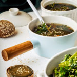 Крапивный суп с фасолью